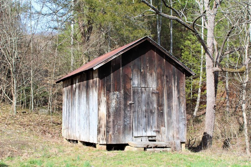 043 old country outbuilding that sits alongside the north farmhouse