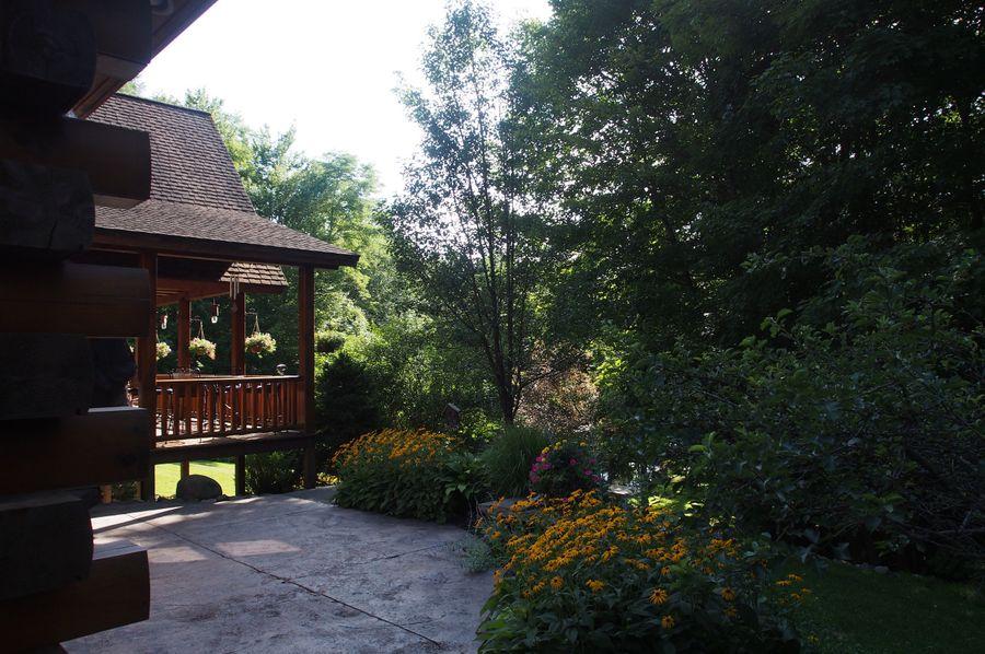 7 house patio