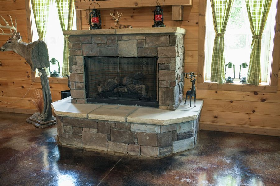 13 lodge fireplace