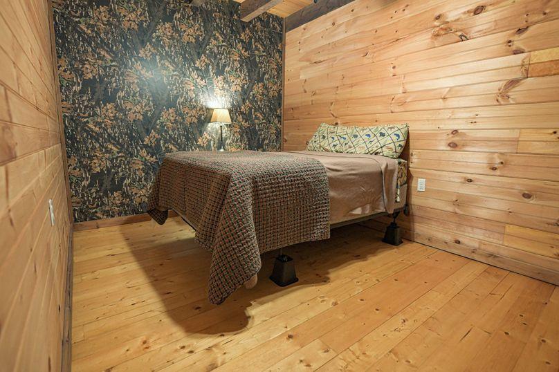 21 lodge room 1