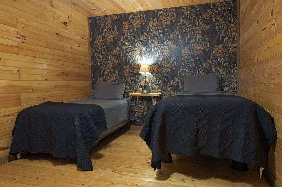 22 lodge room 2