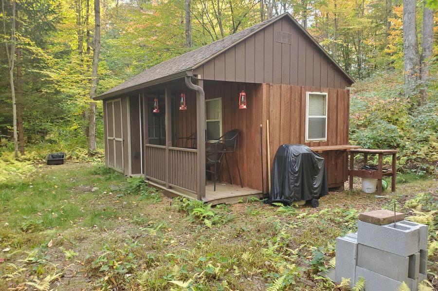 3 cabin porch