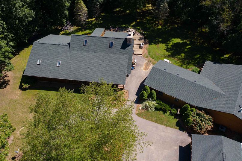 31570 willow rd - drone (12 of 31)