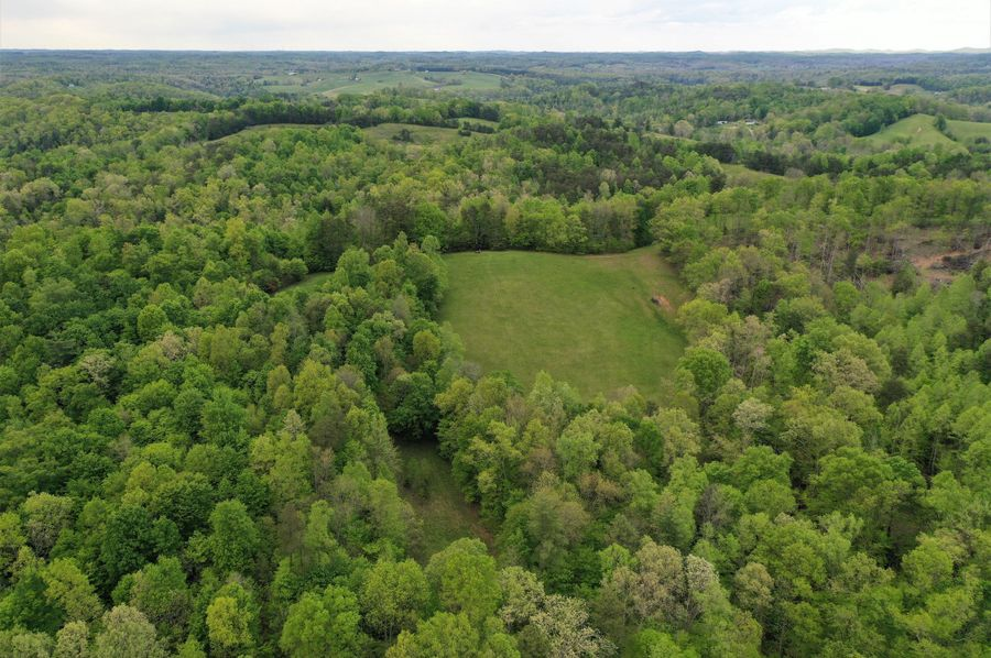 042 aerial drone shot from the middle of the property looking to the southeast