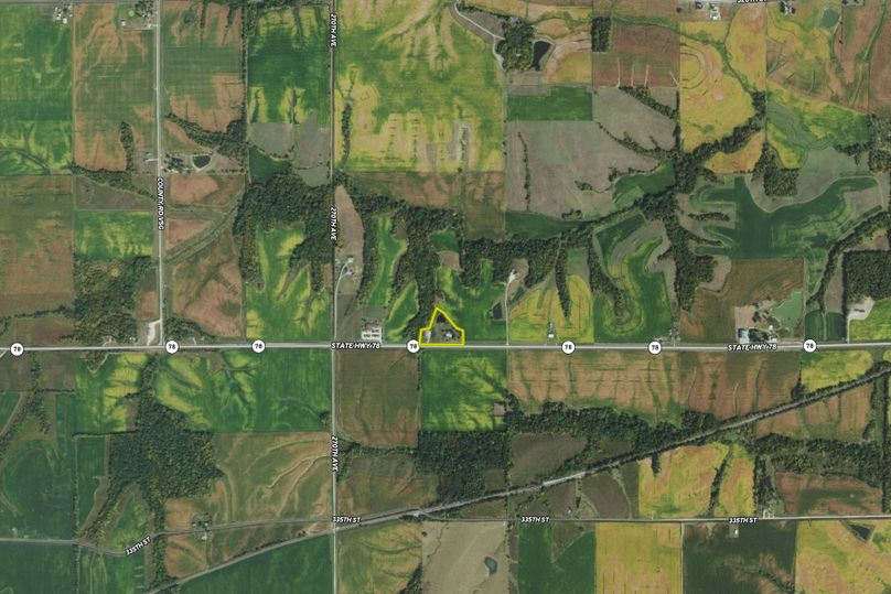 Ia keokuk 4 berg aerial zoomed out
