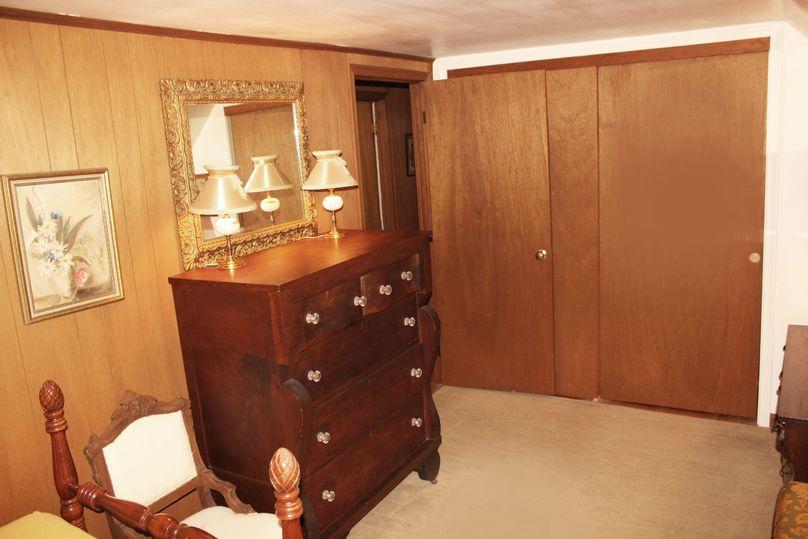 63.44acres carolinecty upstairsbedroom