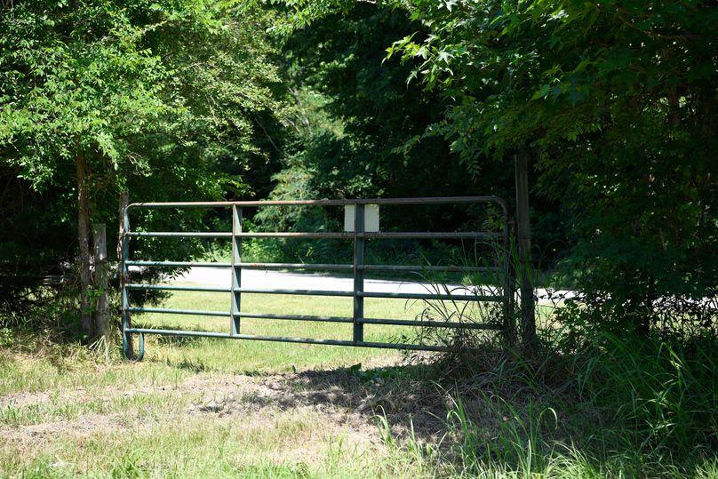 3 north gate