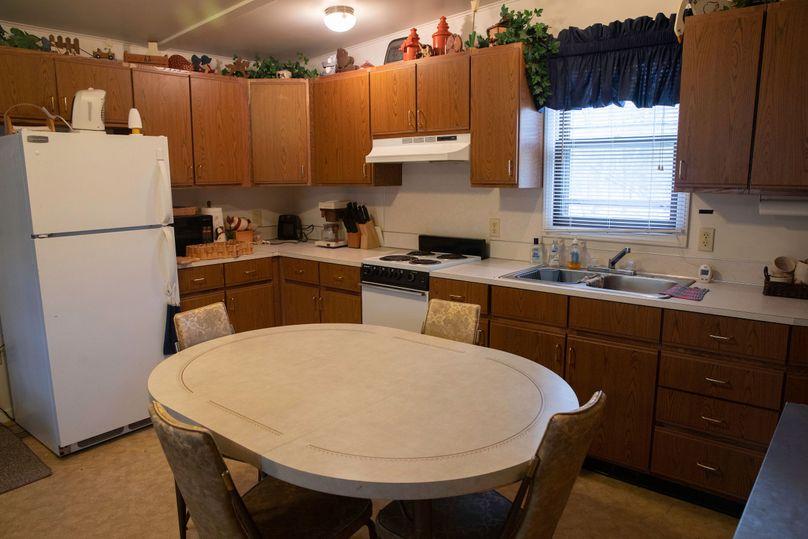 7 dining   kitchen