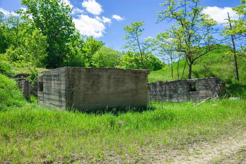 10 old barn foundation