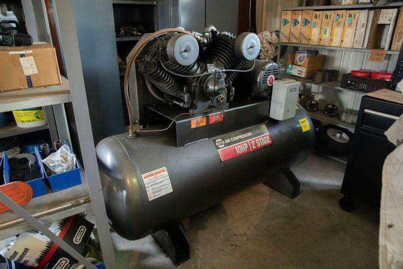 17 10 hp 2 stage compressor for welding shop