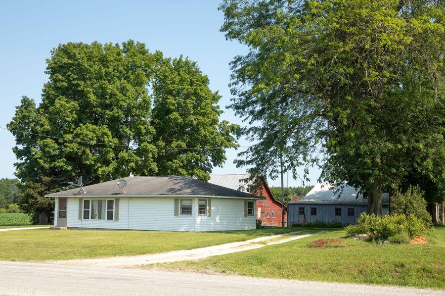 25 2 bed, 1 bath farm house and additional barns