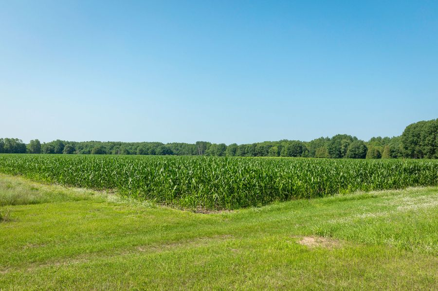32 140 - acres of tillable ground