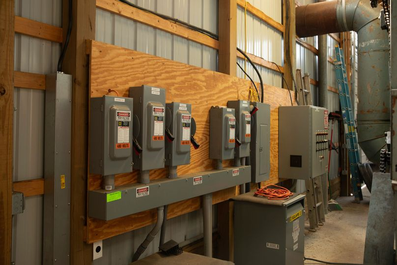 7 electrical panel for hops equipment