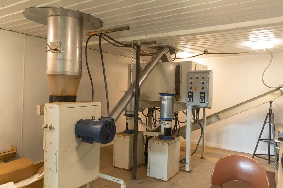 8 pelletizing mill and packaging room