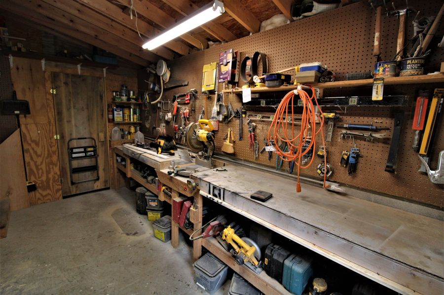 054 wood working shop in basement