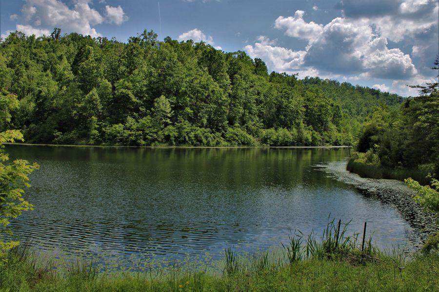 014 private lake views