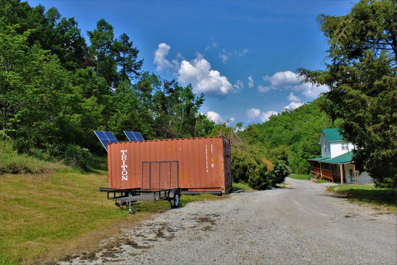 027 nice storage container