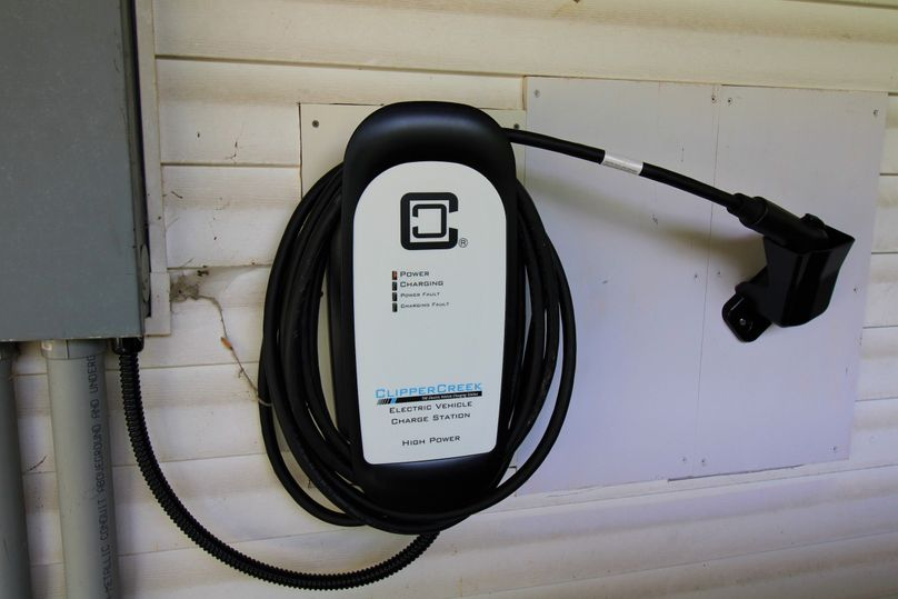 036 level 2 car charger