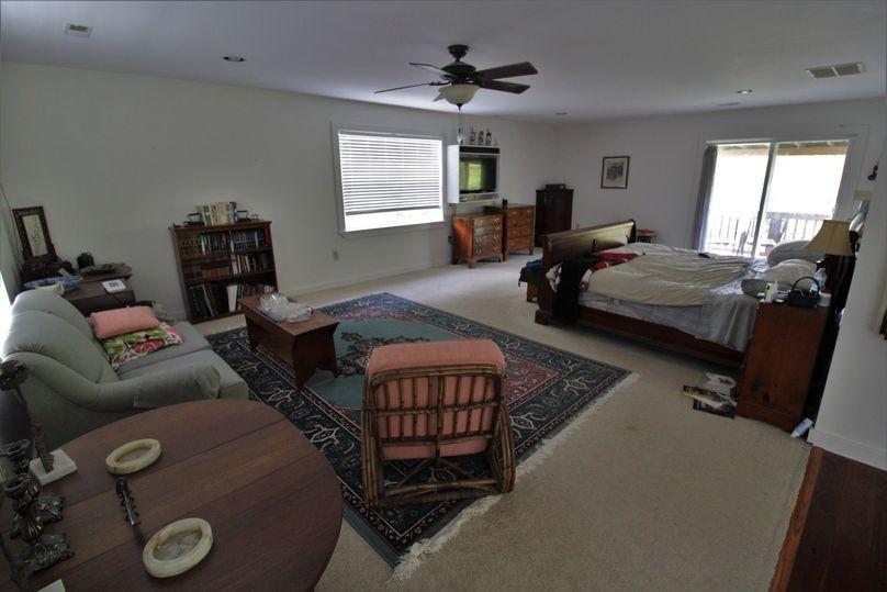 038 master bedroom