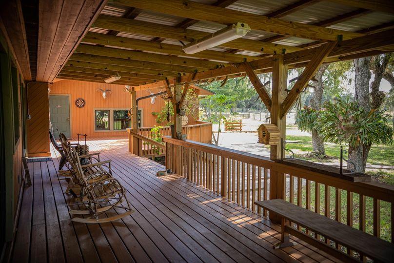 26 ranch 3 lodge back 2 porch