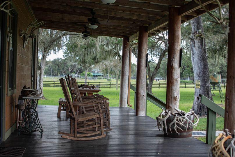 39 ranch 4 house 2 porch