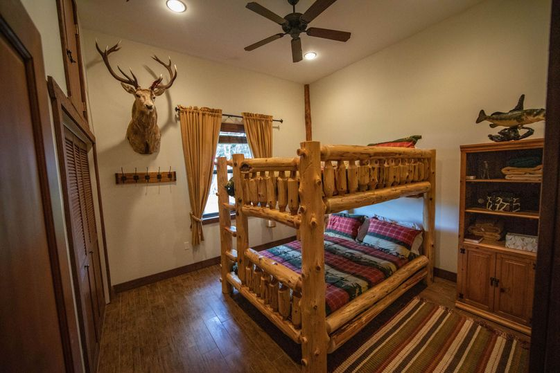 41 ranch 4 house bedroom2