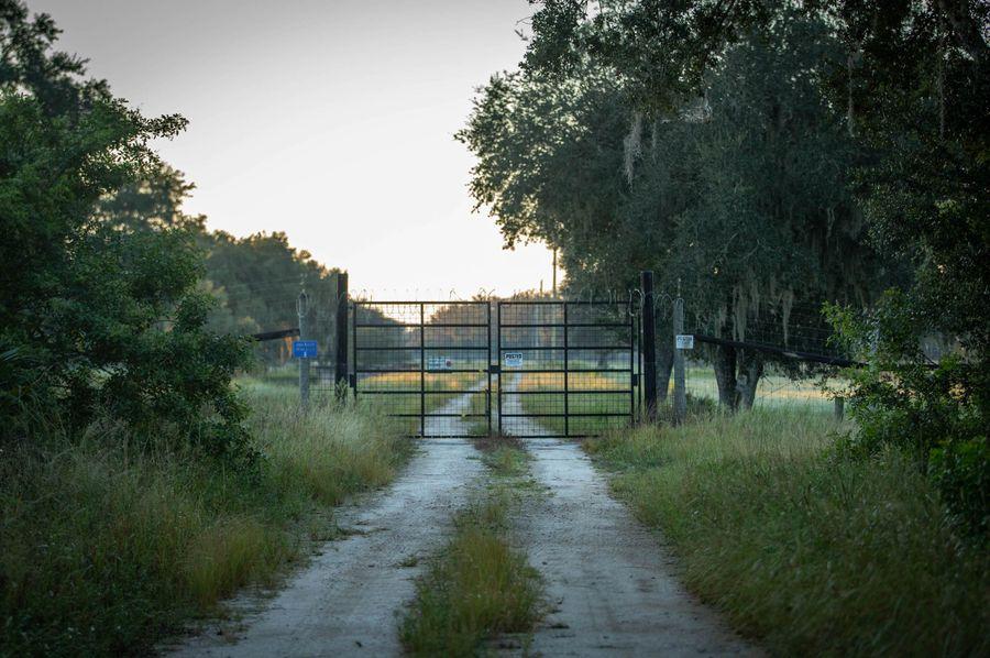 6 ranch 2 gate 1