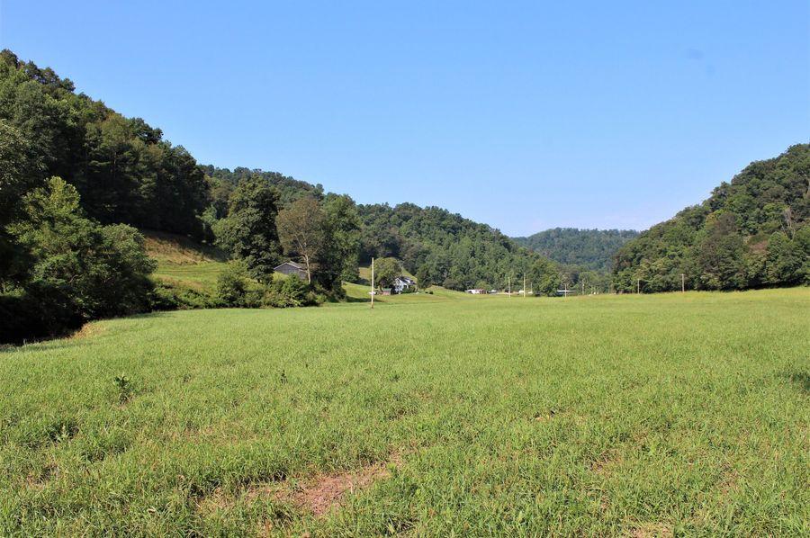 036 the open field tillable land along the creek bottom